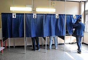 150840726-b08e49d6-42f3-488e-acf1-9fce9e3afb70 Referendum prima giornata in Calabria 33%. La regione con minore affluenza
