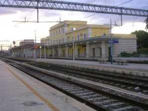 stazionedisibari-300x225  Mobilitazione a difesa della stazione ferroviaria di Sibari