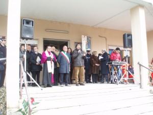un-momento-della-manifestazione-di-intitolazione-300x225 Il poliambulatorio è stato intitolato a Rosario Spinelli
