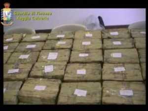 droga_gioiatauro-300x225 Gioia Tauro, sequestrati 262Kg di cocaina purissima
