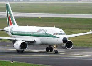 alitalia-3 Regione Calabria, accordo con Alitalia: A giugno nuovi voli