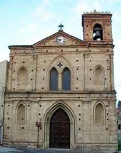 chiesa_sanDomenico_bisignano-237x300 Rubati oggetti sacri in piena notte nella chiesa di San Domenico