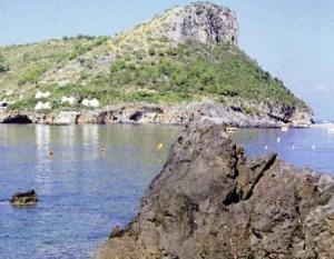 praiamare Cosenza: Disperso sub all'isola di Dino, continuano le ricerche