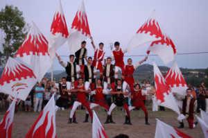 sbandieratori-del-palio9-300x199 Palio di Bisignano 2012: Il Programma e i Cavalieri