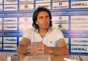 hinterreggio-300x210 Hinterreggio senza stadio dice addio alla Lega Pro. Il Cosenza ha una nuova chance