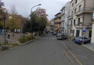 strada-vialeroma-bisignano-300x210 Chiusa al traffico la strada lungo il Viale Roma