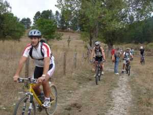 bici-puliamo-sila-300x225 In sila in Mountain Bike e puliamo il mondo 2012