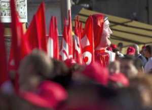 manifestazione-300x217 In 30mila per chiedere al governo interventi per lo sviluppo della Calabria
