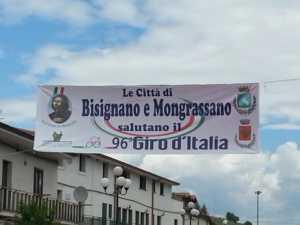 mongrassano-giro-italia-300x225 Entusiasmo per il passaggio del Giro d'Italia