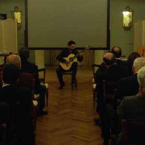 micieli-300x300 Musica, il chitarrista Micieli nuova stella calabrese