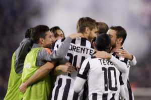 cagliari-juve-esultanza-300x200 Juventus a 95...punti