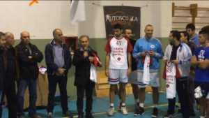 morise-con-giocatori-300x169 Volley Bisignano vince su Mailpost Vibo e solidarizza con Consuleco