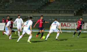 cosenza-catania-300x181 Al Marulla Cosenza-Catania finisce in pareggio