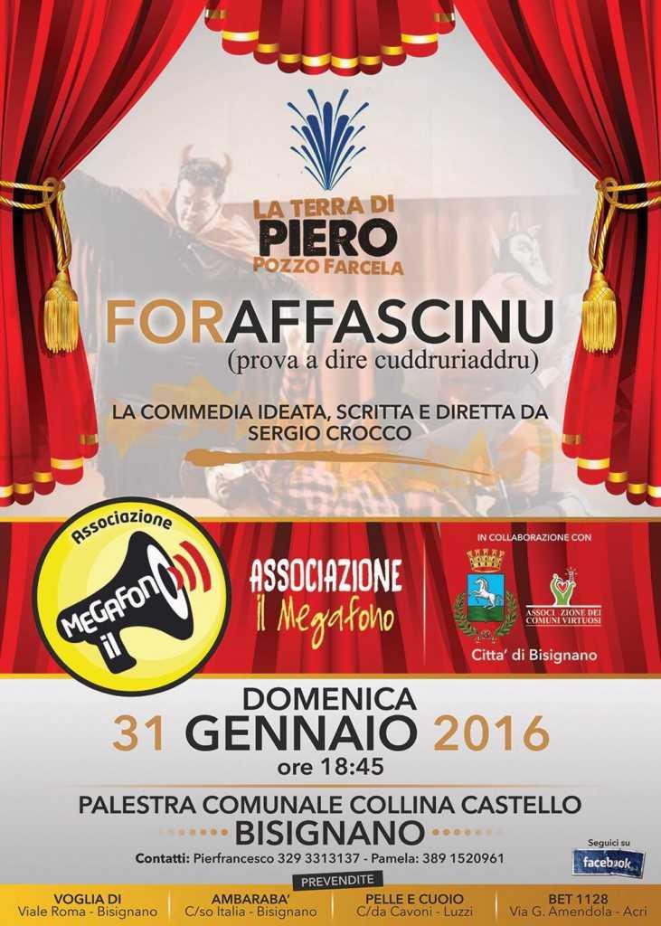 "foraffascinu-teatro-megafono-731x1024 Il Teatro torna a Bisignano con ""Foraffascinu (prova a dire cuddruriaddru)"""