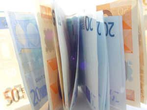 euro--300x225 Cosenza, sequestrati 2.800 euro banconote false