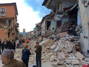 amatrice-terremoto-ansa-300x224 Terremoto 6.0 devasta il centro Italia. Almeno 21 morti