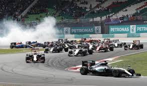 f1-scontro Gp Malesia, a sorpresa doppietta Red Bull