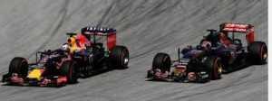 red-bull-sorpassa-300x112 Gp Malesia, a sorpresa doppietta Red Bull