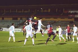 download Cosenza-Catania 1-2, ora rischia Roselli