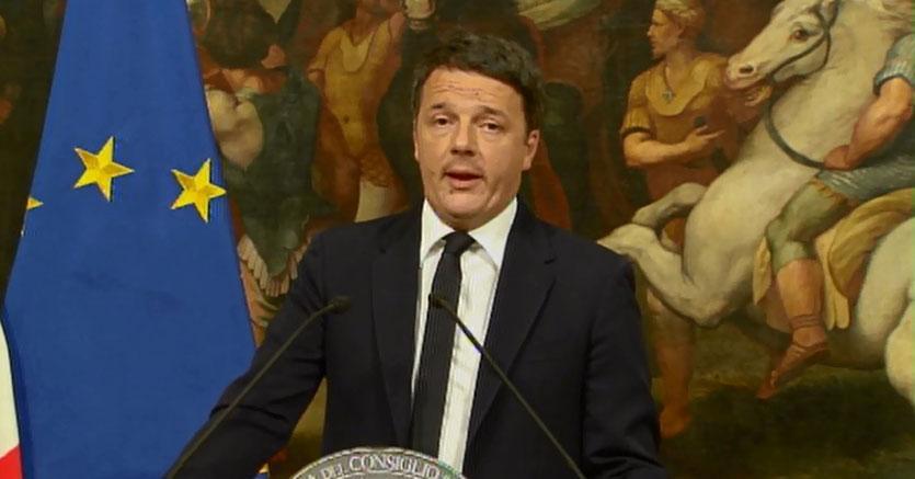 """renzi-1 Matteo Renzi si è dimesso: """"Il mio governo finisce qui"""""""