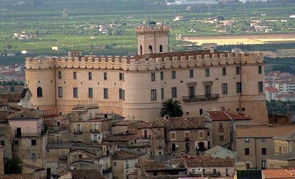 vista-castello-1 Eccellenze Trentine nel Castello Ducale di Corigliano Calabro