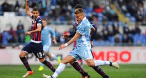 lazio-crotone-1-0-gol-immobile-300x161 Lazio in paradiso con Immobile. Crotone quasi in B