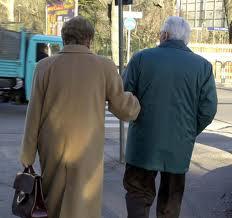 anziani1 Grande attenzione riservata dal Comune agli anziani