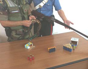armi-sequestro-e-cartucce Arma e munizioni in casa, arrestato muratore a Crotone