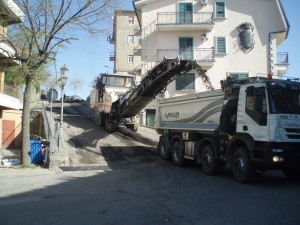lavori-stade-bisignano-300x225 Iniziati i lavori sulle strade del centro