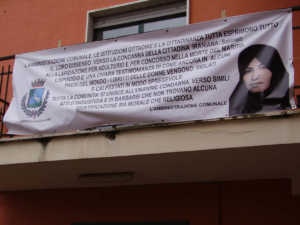 striscione_com_bisignano-300x225 Bisignano: solidarietà a Sakineh Mohammadi Ashtiani