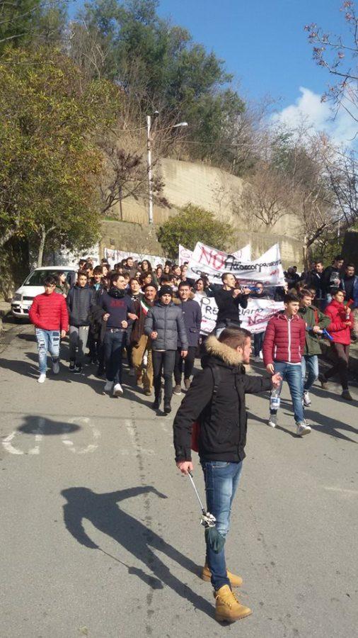 protesta-studenti-3 La protesta degli studenti, no alla perdita dell'autonomia