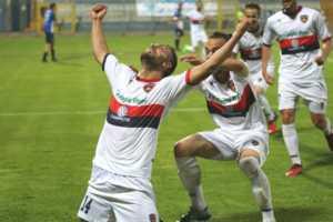 cosenza-matera-300x200 Playoff, Cosenza ai quarti di finale