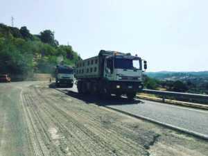 """intervento-strada-660-300x225 Iniziano i lavori sulla strada SS660. Soddisfazione per """"Io Non Scivolo più"""""""