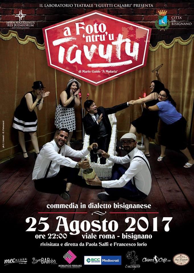 """foto_ntru_tavutu """"A foto 'ntru 'u Tavutu"""" la commedia in dialetto bisignanese"""