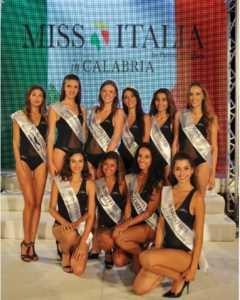 le-dieci-miss-calabresi-che-andranno-a-jesolo-240x300 Miss Calabria 2017 è Maria Francesca Guido
