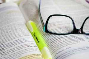 libri-scuola-300x200 Scuola, fornitura semigratuita libri di testo