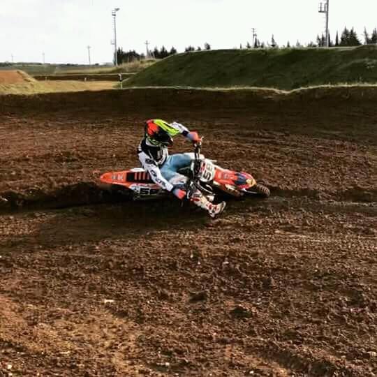 francesco_sireno_motocross_1 Francesco Sireno trionfa nel campionato regionale di Motocross