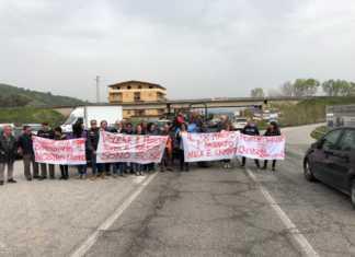 protesta-apriamo-ponte-crati-bisignano-324x235 Home