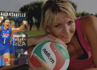 Sara Anzanello con libro
