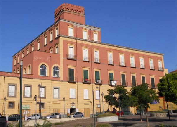 Palazzo Bisignano quartiere barra