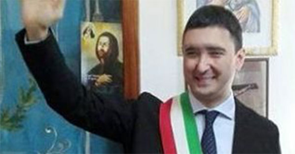 DIMESSO SINDACO BISIGNANO